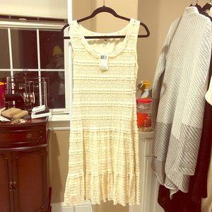 Max Studio lacy dress